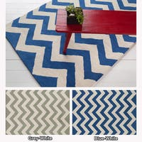Artist's Loom Hand-tufted Contemporary Chevron Wool Rug (5'x7')