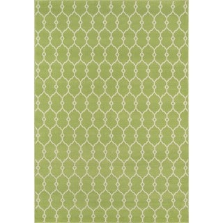 Momeni Baja Trellis Green Indoor/Outdoor Area Rug (7'10 x 10'10)