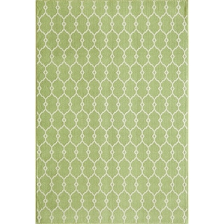 Indoor/Outdoor Green Trellis Rug (2'3 x 4'6)