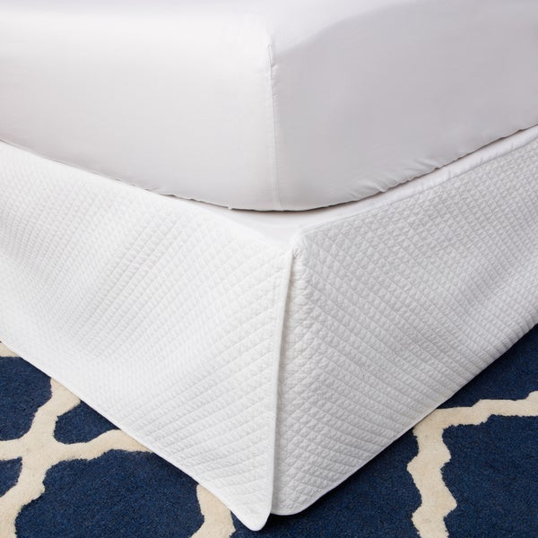 Greenland Home Fashions White Diamond Quilted 18-inch Drop Bedskirt
