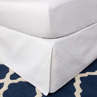 Greenland Home Fashions White Diamond Quilted Bedskirt|https://ak1.ostkcdn.com/images/products/8035976/P15395953.jpg?impolicy=medium