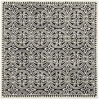 Safavieh Handmade Cambridge Moroccan Black/ Ivory Rug (8' Square)