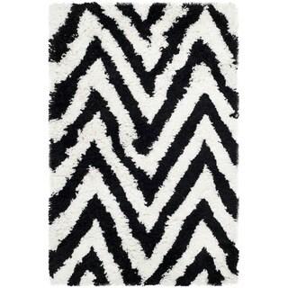 Safavieh Handmade Chevron Ivory/ Black Shag Rug (2'6 x 4')