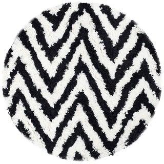 Safavieh Handmade Chevron Ivory/ Black Shag Rug (4' Round)