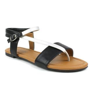 Mark & Maddux Women's 'Paul-03' Black Strappy Flat Sandals