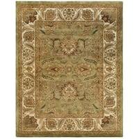 Safavieh Hand-made Classic Green/ Ivory Wool Rug - 6' x 9'