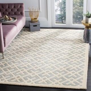 Safavieh Handmade Moroccan Chatham Grey/ Ivory Wool Rug (5' x 8')