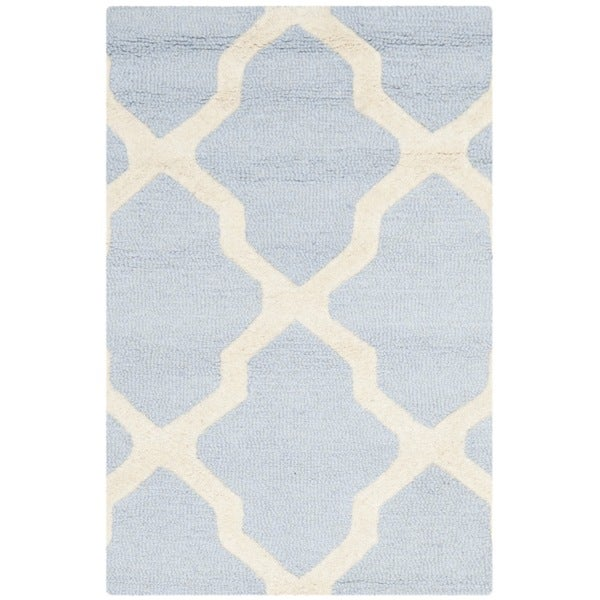 "Shop Safavieh Handmade Cambridge Light Blue/Ivory Wool Accent Rug - 2'6"" x 4' - Free Shipping On Orders Over $45 - Overstock - 8052162"