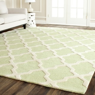Safavieh Handmade Moroccan Cambridge Light Green/ Ivory Wool Rug (10' x 14')
