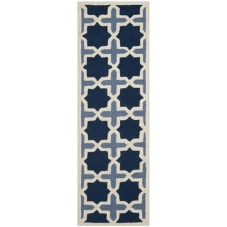 Safavieh Handmade Moroccan Cambridge Light Blue/ Ivory Wool Rug (2'6 x 6')