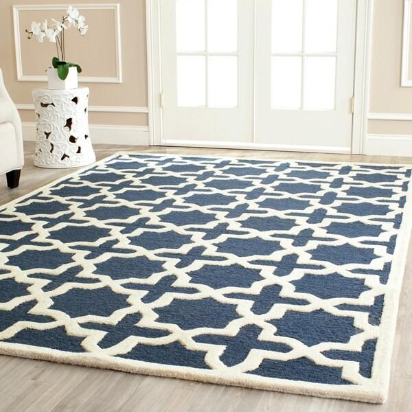 Safavieh Handmade Moroccan Cambridge Geometric Navy Blue/ Ivory Wool Rug - 10' x 14'