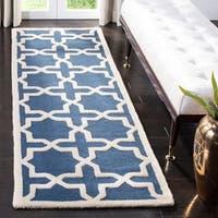 Safavieh Handmade Moroccan Cambridge Navy Blue/ Ivory Wool Rug - multi - 2' 6 x 22'