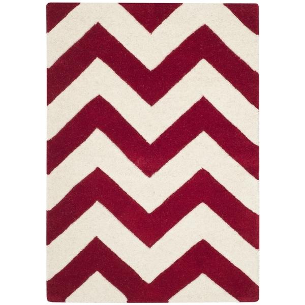 Safavieh Handmade Moroccan Chatham Red/ Ivory Wool Rug (2' 3 x 5') - 2' 3 x 5'