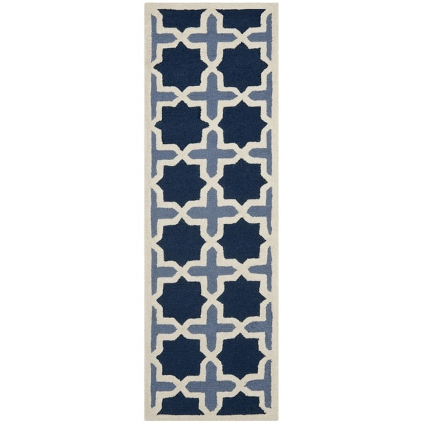 Safavieh Handmade Moroccan Cambridge Light Blue/ Ivory Wool Rug - 2' 6 x 14'