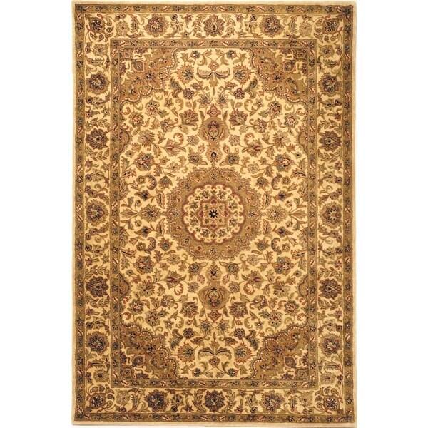 Safavieh Hand-made Classic Ivory/ Ivory Wool Rug - 7'6 x 9'6
