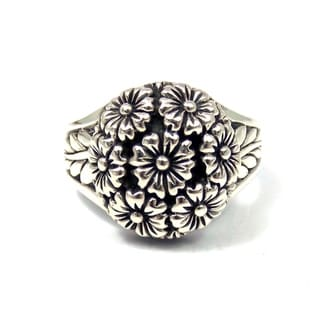 Handmade Floral Cluster Sweet Dome Bouquet .925 Sterling Silver Ring (Thailand)