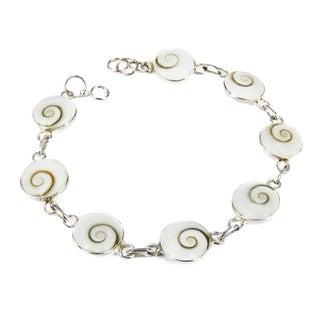 Handmade Sterling Silver Round Swirl Shiva Shell Link Bracelet (Thailand)