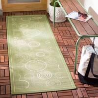 """Safavieh Ocean Swirls Olive Green/ Natural Indoor/ Outdoor Rug - 2'3"""" x 10'"""