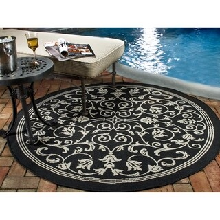 Safavieh Courtyard Indoor/ Outdoor Geometric Black/ Sand Rug (7' 10 x 7' 10 Round)