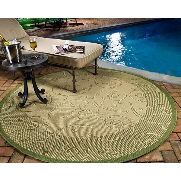 Safavieh Oasis Scrollwork Natural/ Olive Green Indoor/ Outdoor Rug (7' 10 Round)
