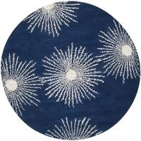 Safavieh Hand-made Soho Burst Dark Blue/ Ivory Wool Rug - 6' x 6' Round