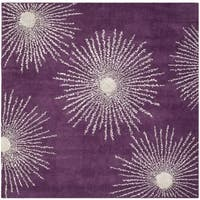 Safavieh Hand-made Soho Burst Purple/ Ivory Wool Rug - 6' Square