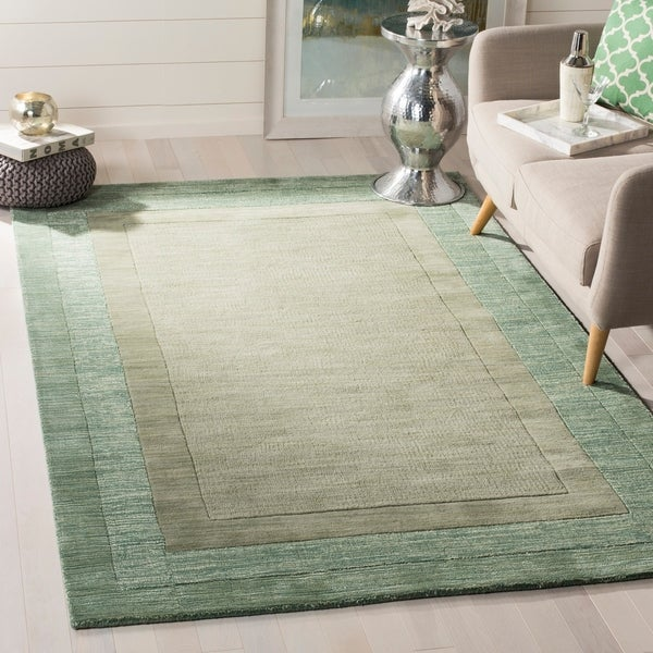 Safavieh Handmade Impressions Modern Beige/ Green New Zealand Wool Rug - 7'6 x 9'6