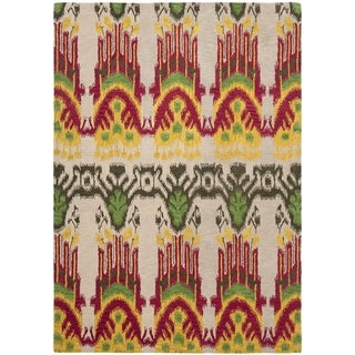 Safavieh Hand-made Ikat Beige/ Yellow Wool Rug (9' x 12')