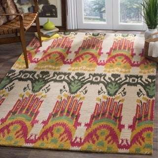 Safavieh Hand-made Ikat Beige/ Yellow Wool Rug (9' x 12')
