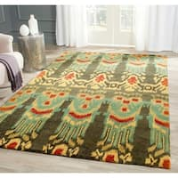 Safavieh Hand-made Ikat Olive/ Gold Wool Rug - 6' x 9'