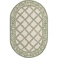 "Safavieh Hand-made Chelsea Ivory/ Green Wool Rug - 7'6"" x 9'6"" oval"