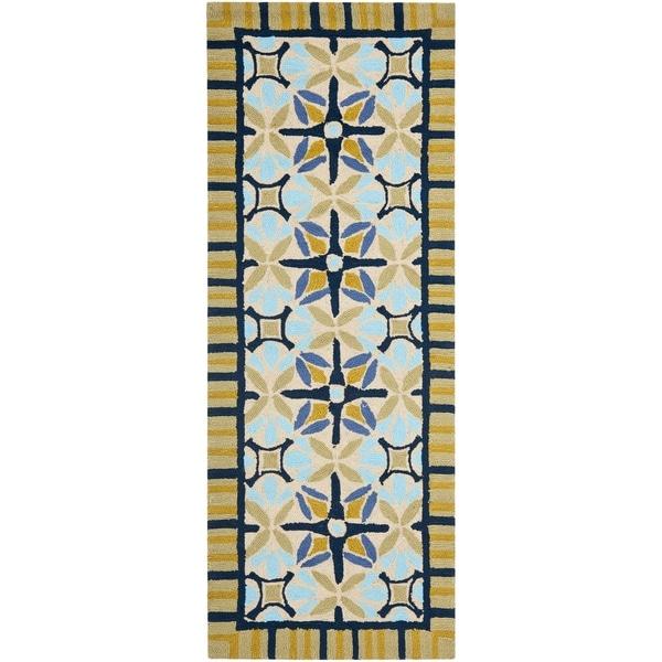 Safavieh Hand-hooked Indoor/ Outdoor Four Seasons Tan/ Blue Rug (2'3 x 6')