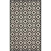 Safavieh Hand-Hooked Four Seasons Black/ Grey Polyester Rug - 8' x 10'