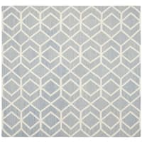 Safavieh Hand-woven Moroccan Reversible Dhurrie Blue/ Ivory Wool Rug (8' Square)