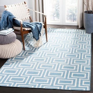 Safavieh Handwoven Moroccan Reversible Dhurrie Labyrinth-pattern Light Blue/ Ivory Wool Rug (6' x 9'
