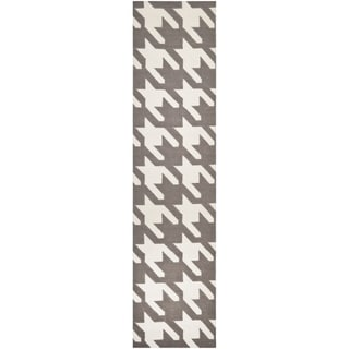 Safavieh Contemporary Handwoven Moroccan Reversible Dhurrie Grey/ Ivory Wool Rug (2'6 x 12')
