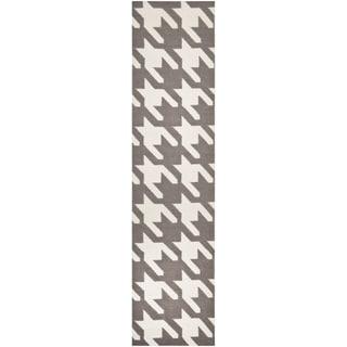Safavieh Hand-woven Moroccan Reversible Dhurrie Grey/ Ivory Wool Rug (2'6 x 8')