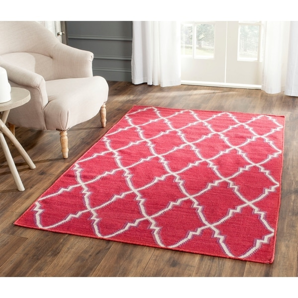 Safavieh Hand-woven Moroccan Reversible Dhurrie Red/ Ivory Wool Rug - 9' x 12'