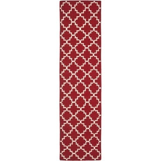 Safavieh Hand-woven Moroccan Reversible Dhurrie Red/ Ivory Wool Rug (2'6 x 8')