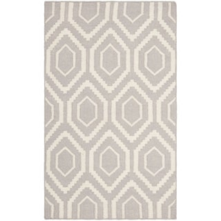 "Safavieh Hand-woven Moroccan Reversible Dhurrie Grey/ Ivory Wool Rug - 2'6"" x 4'"