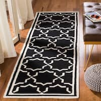 Safavieh Hand-woven Moroccan Reversible Dhurrie Black/ Ivory Wool Rug - 2'6 x 6'