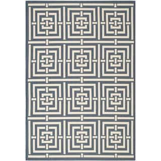 Safavieh Indoor/Outdoor Courtyard Navy and Beige Area Rug (5'3 x 7'7)