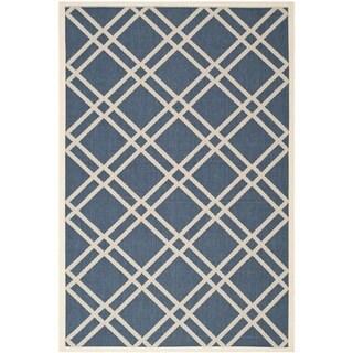 Safavieh Diamond-Pattern Indoor/Outdoor Courtyard Navy/Beige Rug (5'3 x 7'7)