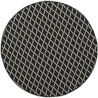 Safavieh Indoor/Outdoor Courtyard Black/Beige Honeycomb Rug - 7'10 Round