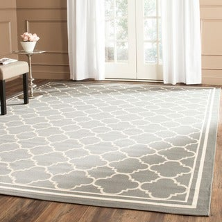 "Contemporary Safavieh Indoor/ Outdoor Courtyard Anthracite/ Beige Geometric-Patterned Rug (7'10"" Squ"