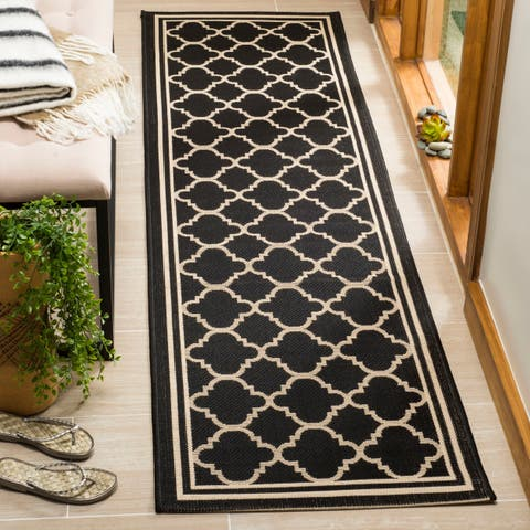 "Safavieh Courtyard Kailani Black/ Beige Indoor/ Outdoor Rug - 2'3"" x 22' Runner"