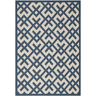 Safavieh Courtyard Contemporary Navy/ Beige Indoor/ Outdoor Rug (5'3 x 7'7)
