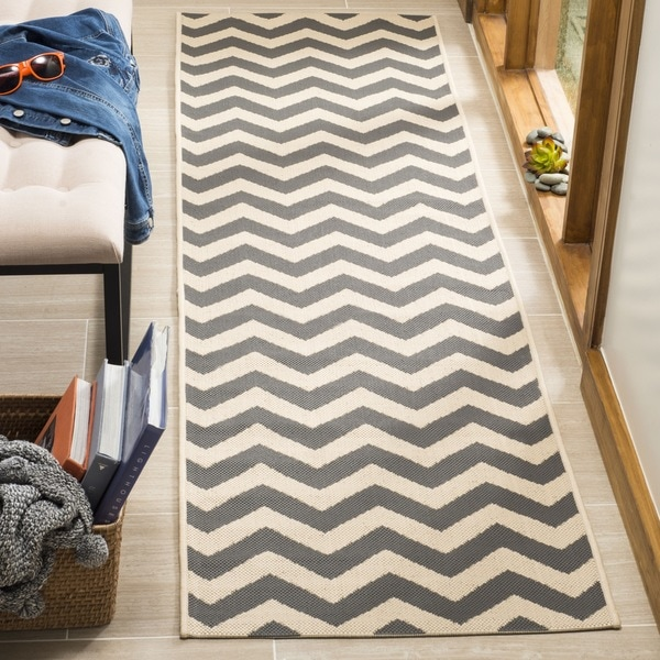 Safavieh Courtyard Chevron Grey/ Beige Indoor/ Outdoor Runner Rug ...