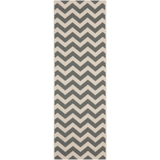 Safavieh Courtyard Grey/Beige Indoor/Outdoor Runner Rug (2'4 x 14')