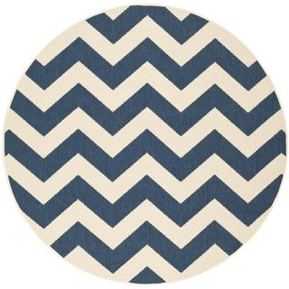 Safavieh Courtyard Chevron Navy/ Beige Indoor/ Outdoor Rug (6'7 Round)